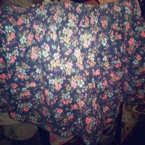 L casual floral skirt