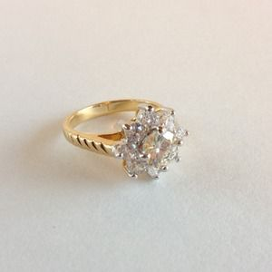 Gorgeous Sparkling Ring