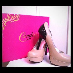 Candies Beige with black heel!