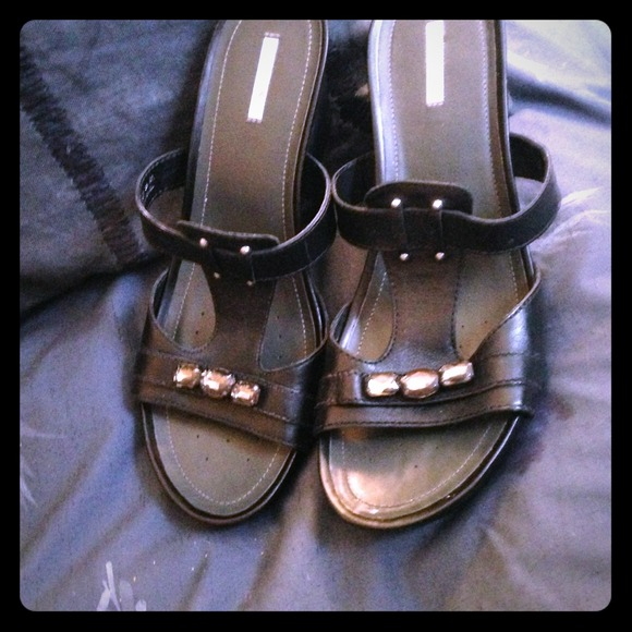 Geox Shoes - GEOX studded sandals FLASH SALE