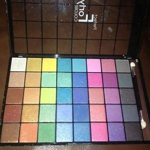 Eyeshadow shimmer palette