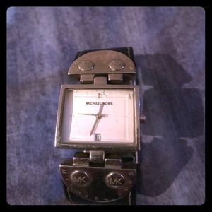 100% Authentic Michael Kohrs Leather Watch