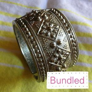 Bundled F21 || Silver Clasp Cuff Bracelet