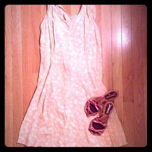 SOLD Pink floral sleeveless vintage dress size S/M