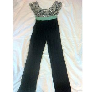 Dresses & Skirts - Soft & Airy Jumpsuit