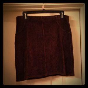 Hue Brown Stretchy Corduroy skirt