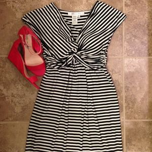 Bundle***Tan and black striped dress