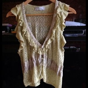 ⚡Reduced⚡Yellow ruffled knit vest