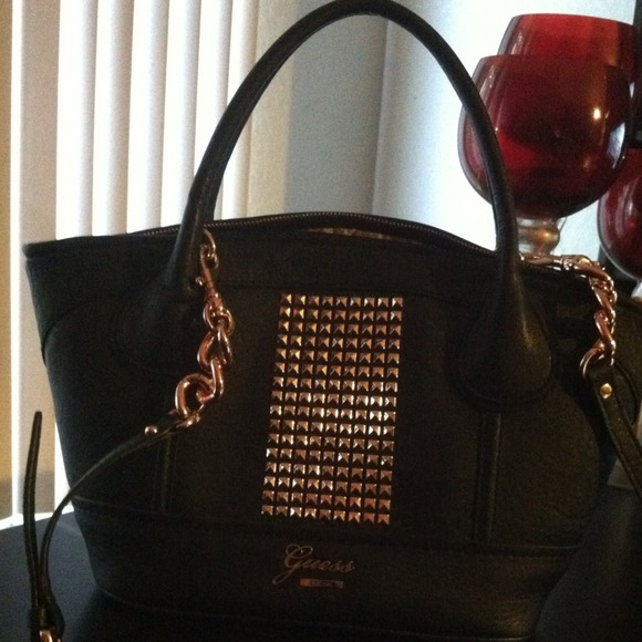 50% off Guess Handbags - SOLD*** Black/Rose gold GUESS purse from ...