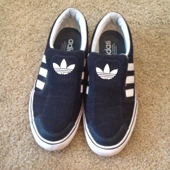 adidas slip on mens