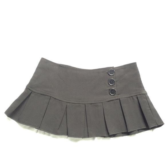 Valia - Low Rise Very-Mini Skirt from Natalie's closet on Poshmark