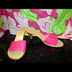 Tory Burch size 9 shoes.