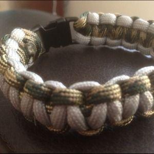 Jewelry - Bracelet Cobra Military 550 8inch, Camo/Grey