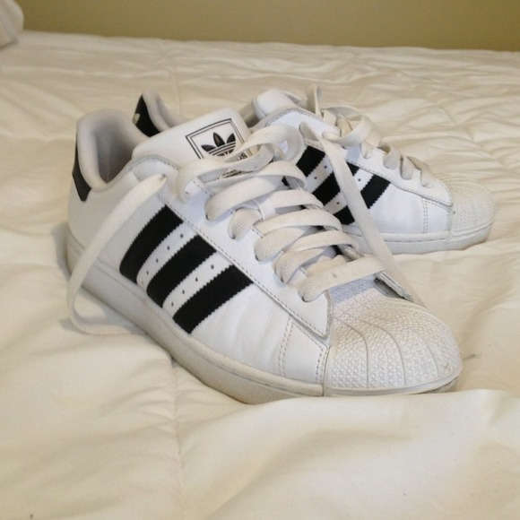 Black and white Adidas shell toe sneakers!
