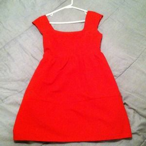 Dresses & Skirts - Red bow back with pockets!