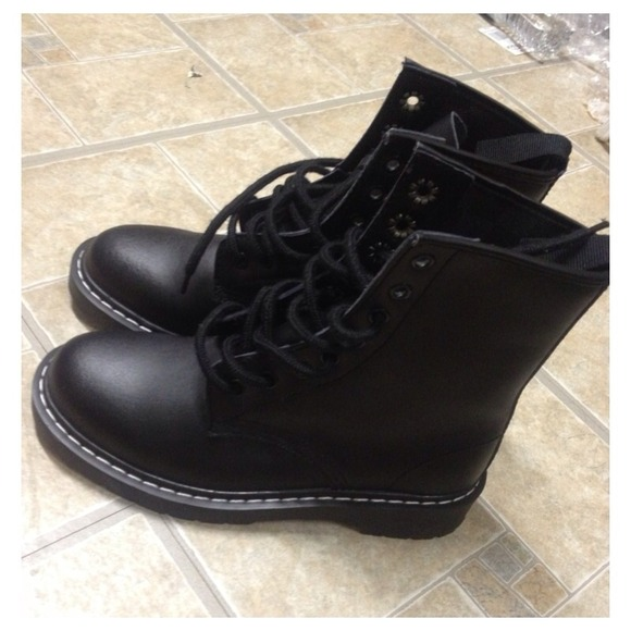 fc4c112d3b9c8 Shoes | Black Doc Martens Look A Like Boots | Poshmark
