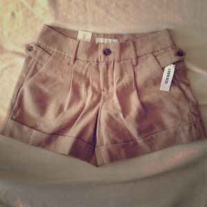 Old navy mid-rise shorts