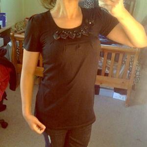 🔴SOLD🔴 Cute Black Shirt w/ Silk Floral