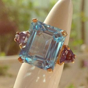 Jewelry - 🚫BUNDLED🚫Genuine Topaz Emerald Cut Sz 6
