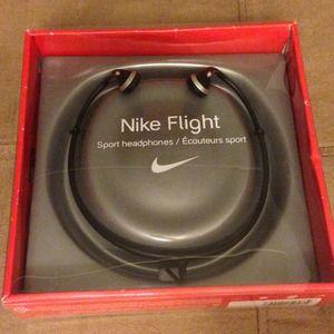 nike flight headphones