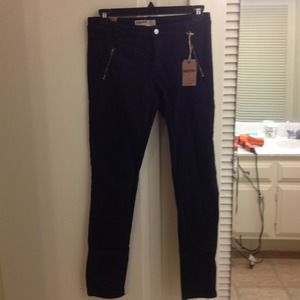 BNWT skinny black denim