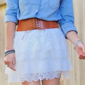Skirts - 🚫SOLD🚫White Lace Skirt