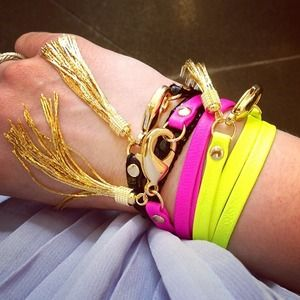 E.Kammeyer Accessories Jewelry - 🎉4X HP🎉 Neon Leather tassel bracelet