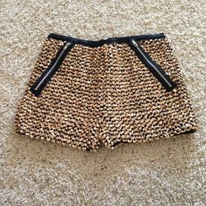 GOLD SEQUIN STRETCH SHORTS