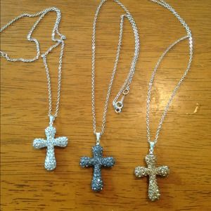 Jewelry - Cross crystal necklace