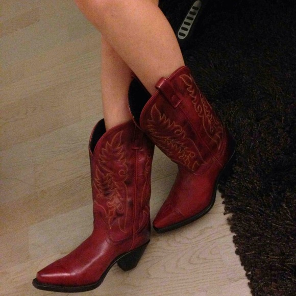 b2140fead00 📦Sold📦Laredo cowgirl boots NWT