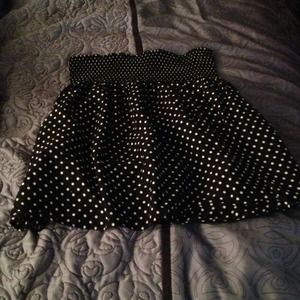 High waisted polka dot skirt