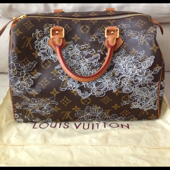 Louis Vuitton Bags - Authentic Louis Vuitton Dentelle Silver Speedy 30