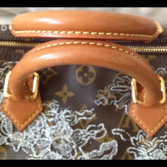 Louis Vuitton Bags - Authentic Louis Vuitton Dentelle Silver Speedy 30