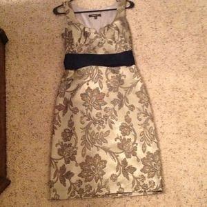 Wendy Hill dress size 4