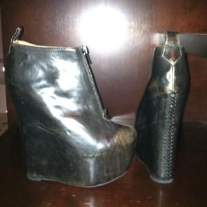 Jeffrey Campbell distressed leather wedge w/zipper