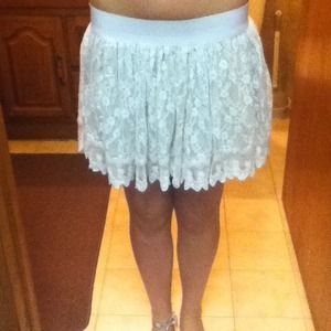 White laced skirt