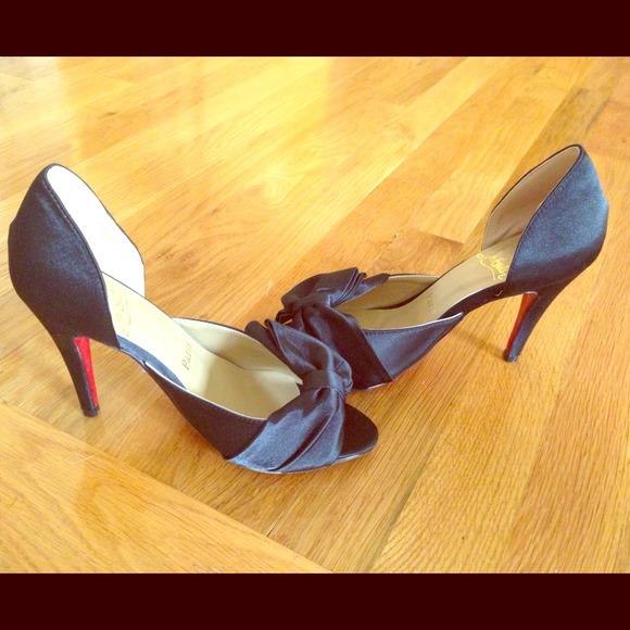 vente chaude en ligne ebe56 f24c0 KNOCK OFF Louboutin dressy shoe size 36 (US 6)