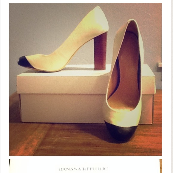Banana Republic Shoes - FLASH SALE 🎉2X HOST PICK🎉BR Kiley Pump