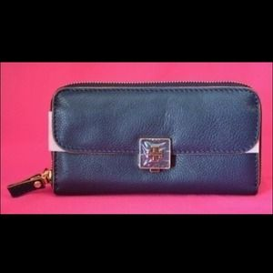 Authentic Tory Burch Continental Wallet NEW