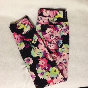 Candies Denim - 💜🎉HOST PICK🎉💜Candies Floral skinny jeans