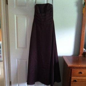 Dresses & Skirts - Beautiful satin, chocolate brown dress