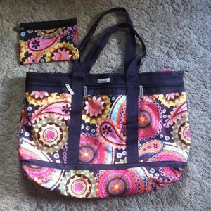 Studio Handbags - Beautiful Tote & Matching Makeup Bag
