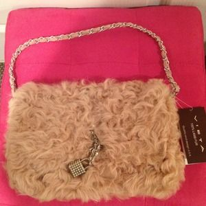 Vieta Handbags - Pink Fur Shoulder Bag