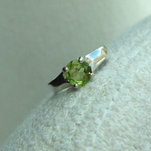 7mm Round Faceted Peridot & Sterling Silver Ring