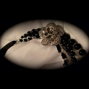 Black Necklace with flower and crystals