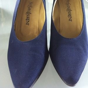 Yves Saint Laurent navy blue pumps 8.5