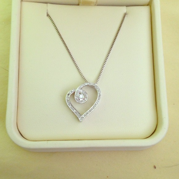 Jared Jewelry Heart Necklace Poshmark