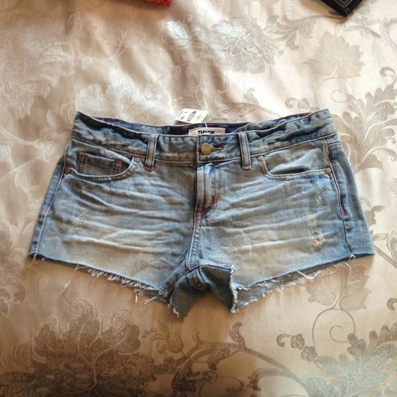 7d47839ea306f NEW Victoria's Secret PINK jean shorts NWT