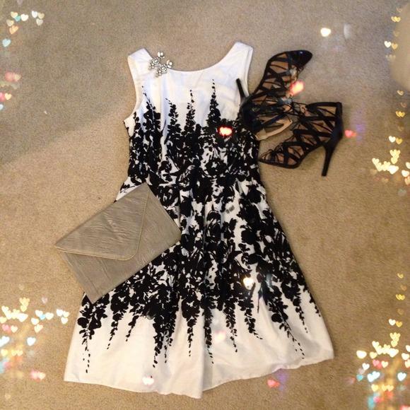 c039627a24f3 Dorothy Perkins Dresses & Skirts - Dorothy Perkins Black & White Dress