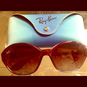 Ray-Ban Accessories - Authentic Ray-Ban sunglasses Great condition!